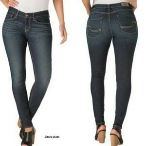 SIGNATURE BY LEVI'S Curvy Skinny Jeans 18S W34/L30
